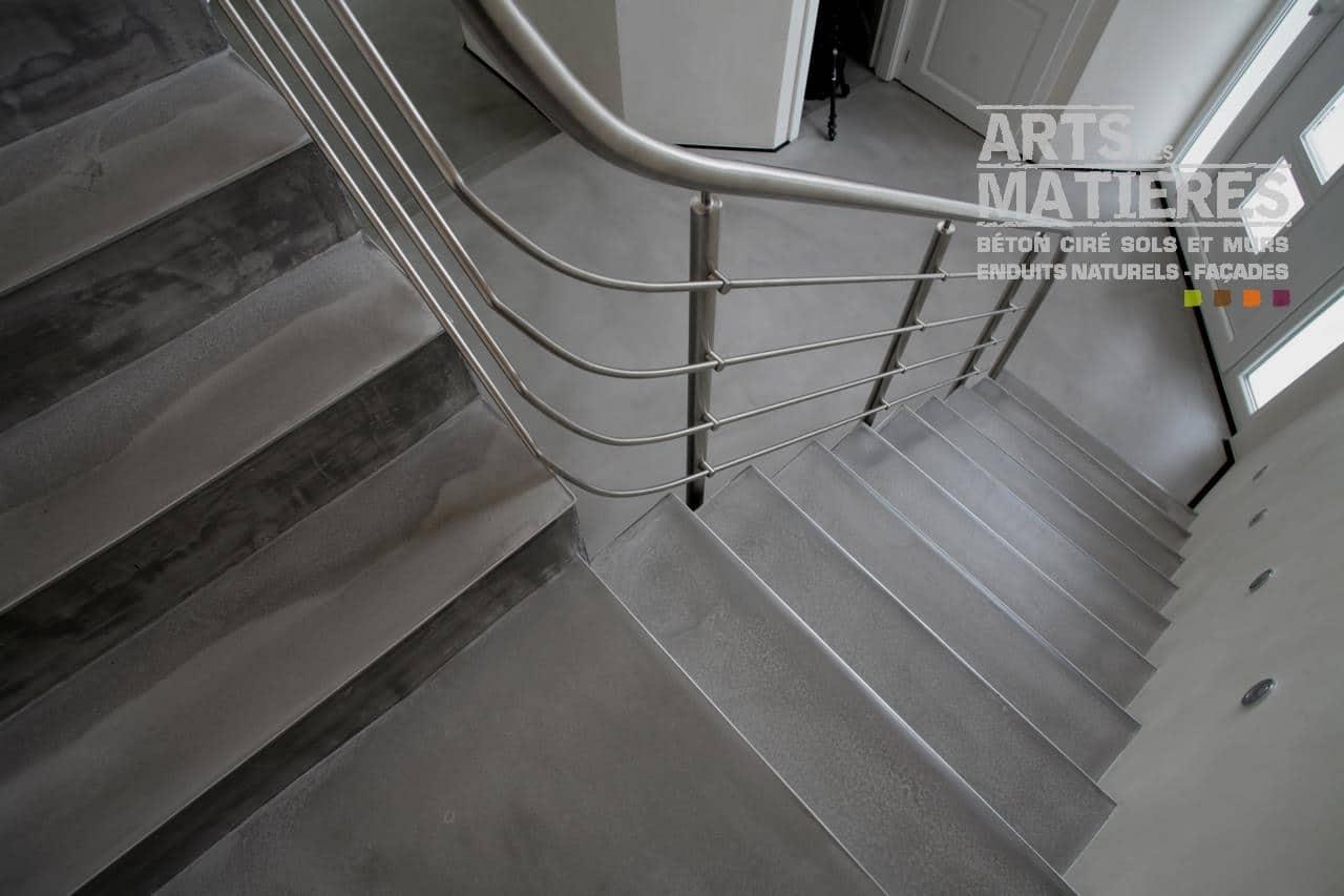 Beton cire sur escalier beton gallery of beton cire sur - Beton cire sur escalier bois ...